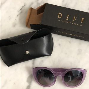 Diff eyewear in style Luna in purple worth $85